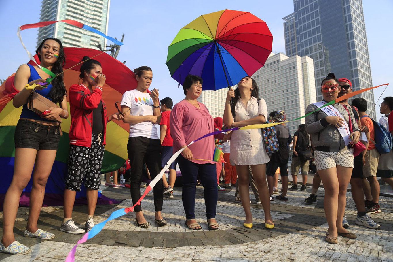 based community gay lesbian organizing right strategy